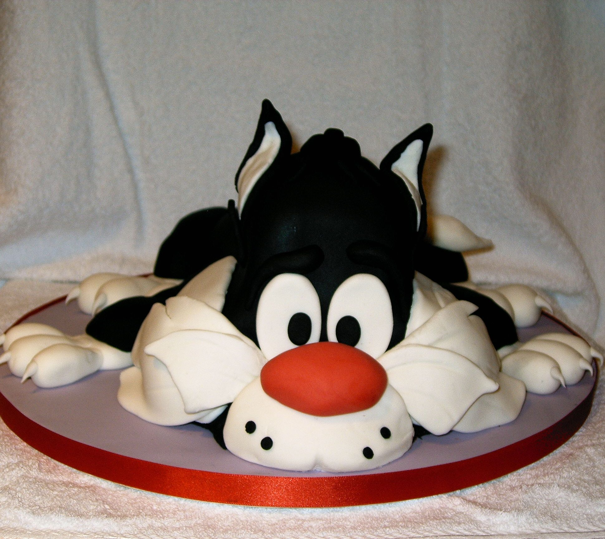 Sylvester The Classic Amp Contemporary Cake Co The Classic